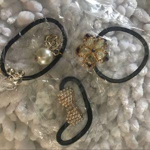 Accessories - 3 ponytail hair ties women kids pearl bow